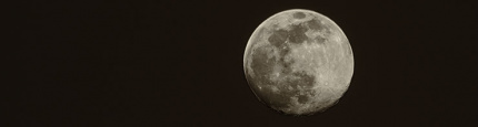 image from super fullmoon on April 4th 2020 by kfphotography